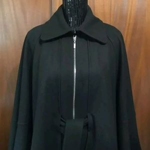 Vero Moda Black Short Cape Coat Size Small
